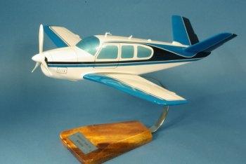 V.002 Beech V-35 Bonanza mit V-Leitwerk