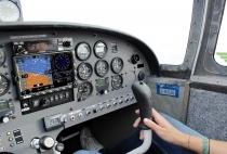 G.009.3 AvMap EKP V Luftfahrt GPS-Empfänger mit Einbauhalterung