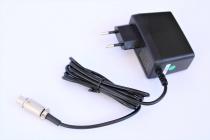 FU.001.1 Steckerladegerät 15 VDC für FSG 8 Handfunkgerät f.u.n.k.e